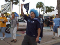 ABC Action News and Rays fans at game 5_20101012215706_JPG