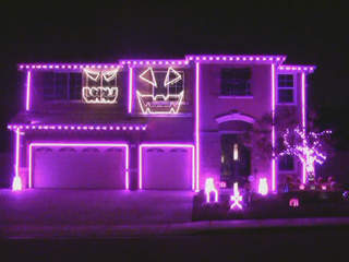 Halloween House youtube_20111024065925_JPG