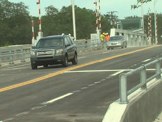 Columbus Drive bridge open
