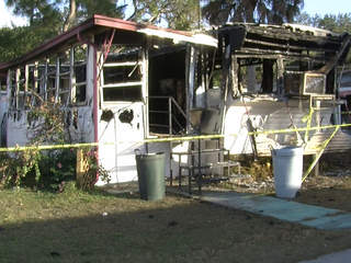 mobile home fire kills cats