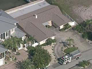 Possible sinkhole forms at Palm Harbor home