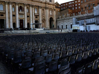WFTS St Peters Square Pope Francis
