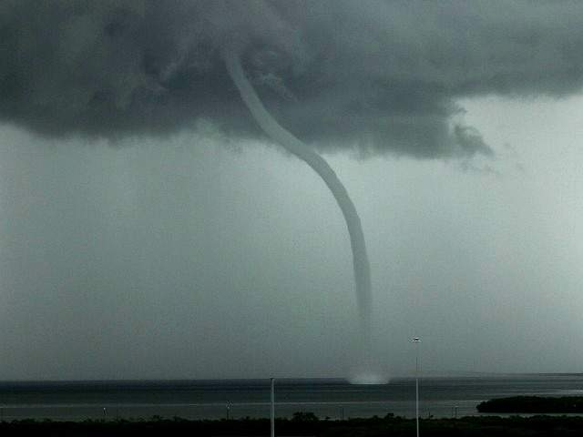 Image Gallery waterspout