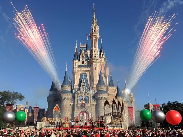 Disney World to pay $3.8 Million to Cast Members for Back Pay