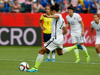 Morgan, Lloyd score in US victory over Colombia