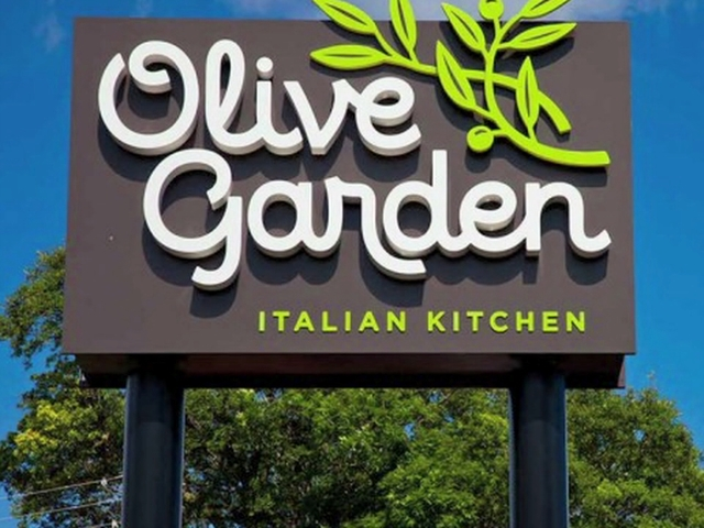 Olive Garden brings back pasta pass Story