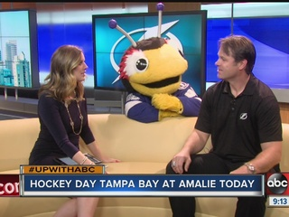 Bolt fans take over arena plaza for Hockey Day