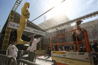 Oscars have feel of high-stakes showdown