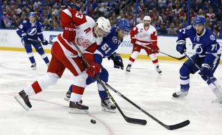 Lightning vs Red Wings, Game 2