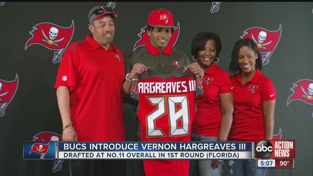Buccaneers_introduce_first_draft_pick_Ve