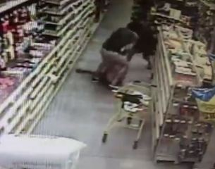 WATCH: Mom, Deputy thwart attempted abduction