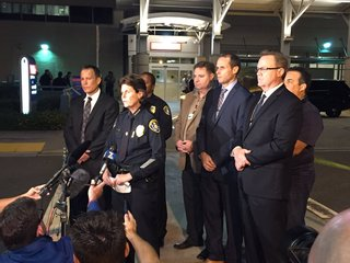 Two San Diego police officers shot, 1 dead