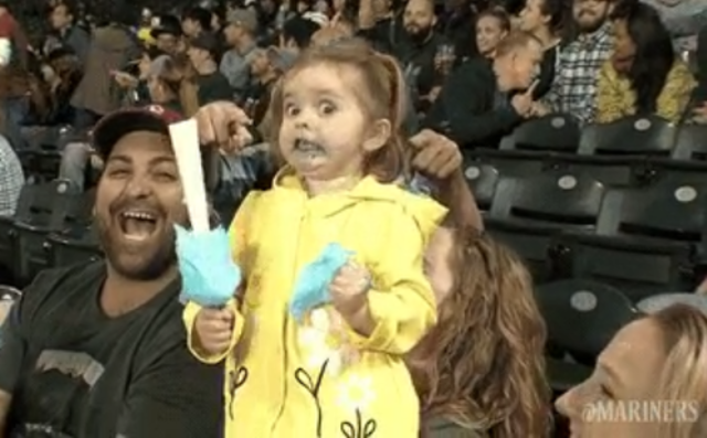 Little girl loses her mind over her cotton candy at Seattle Mariners game - Story | abcactionnews.com | Tampa Bay News, Weather, Sports, Things To Do | WFTS-TV