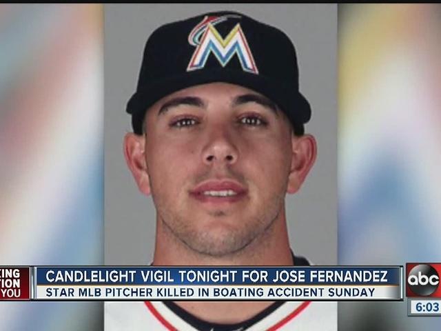 Candlelight vigil held for Jose Fernandez