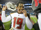 Bucs beat Panthers on last-second field goal