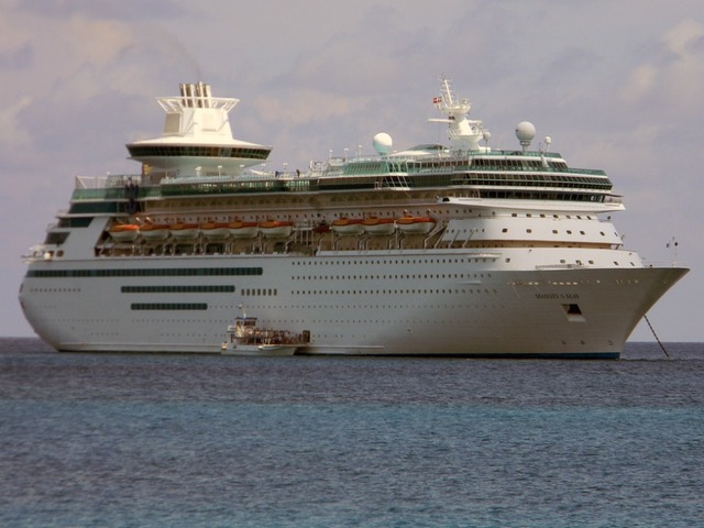 Royal Caribbean S Majesty Of The Seas Cruise Ship Stuck At