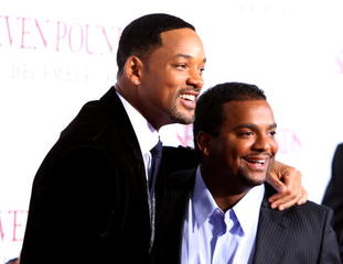 Will Smith, 'Fresh Prince' cast enjoy brief reun