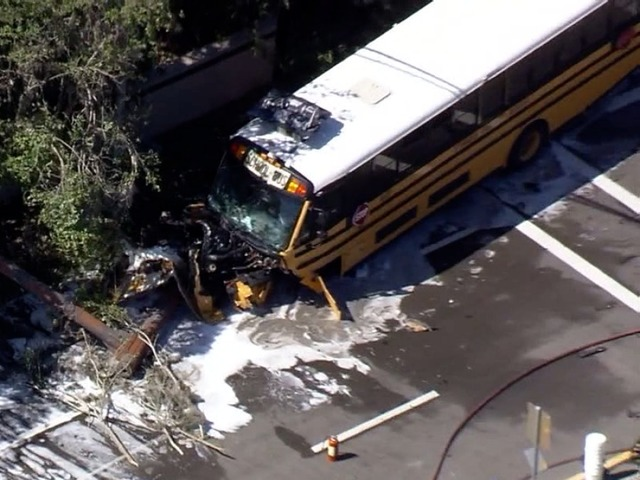 Sarasota school bus crash under investigation
