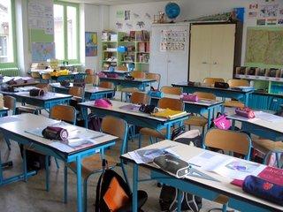 FL schools can hold recess inside classrooms