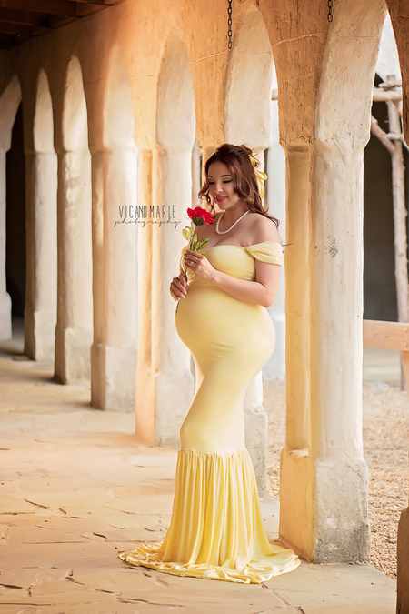 44ff804be99cb The photography couple captured breathtaking photos of the soon-to-be  mothers at Newman's Castle . All five women wore form-fitting gowns that  were inspired ...