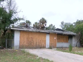 Residents want county to tear down nuisance home