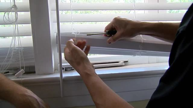 How to trim window blinds - House Calls with James Tully