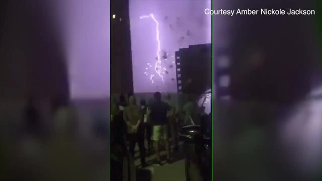 Video Lightning Provides A Different Type Of Fireworks In