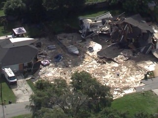 Sinkhole crews mistakenly condemn 8th home