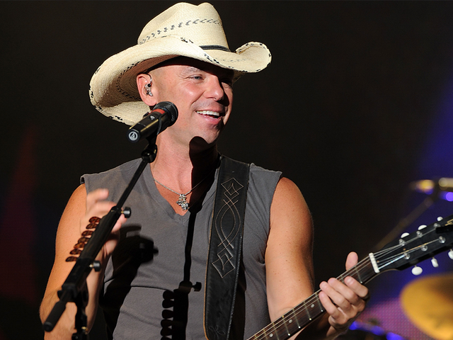 Kenny Chesney announces he will return to Arrowhead Stadium next summer