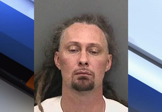 Deputies: Man beats girlfriend to death, sets minivan on fire with