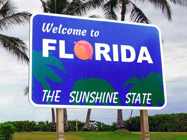 welcome-to-florida-sign_1517233725002_76