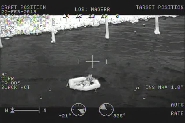 Deputies rescue man from Little Manatee River after tide causes boat to capsize