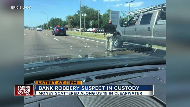 Deputies: Clearwater bank robber foiled by dye pack, auto crash