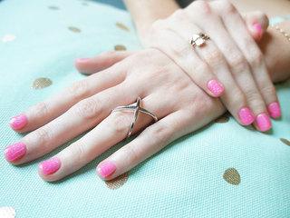 The risks of gel manicures using UV lights