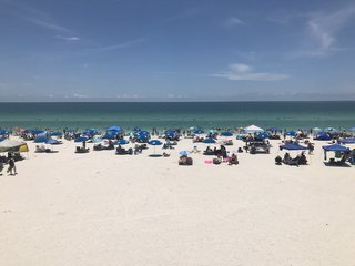 NJ gov. to sign bill curbing smoking at beaches