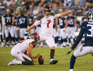Bucs release kicker Chandler Catanzaro