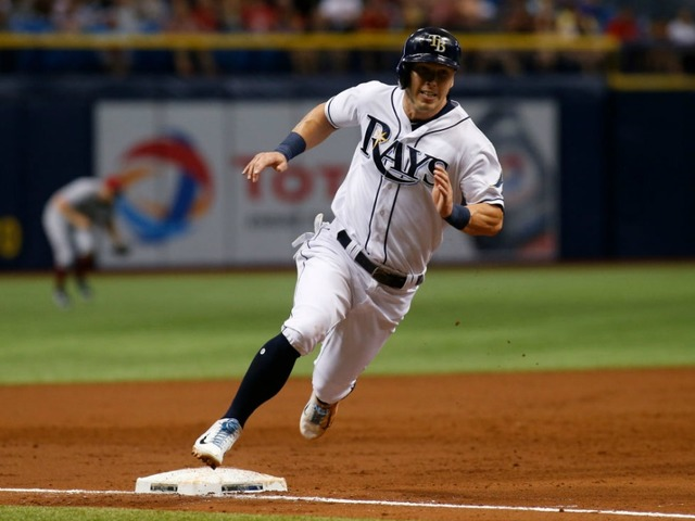 Pirates acquire Corey Dickerson from Rays