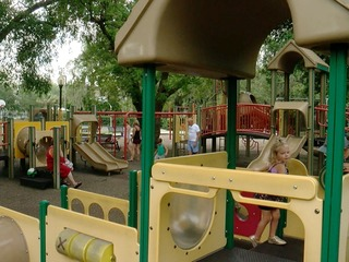 Avoid playground injuries: Parents stay vigilant