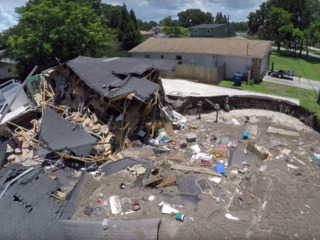 Lawmaker: Landlords should disclose sinkholes