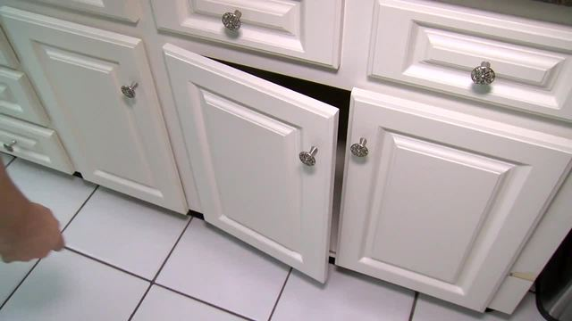 How to replace hinges on kitchen cabinets | House Calls with James ...