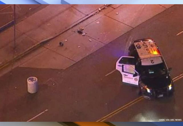 2 children die when hit by sheriff's vehicle at Los Angeles intersection