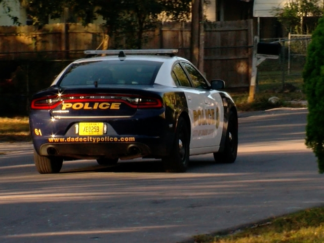 Dade City Officer Hit By Car During Traffic Stop Deputies Arrest - Dade city fl car show