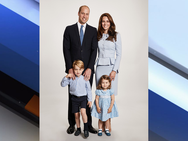 merry christmas from the growing royal family will kates family christmas card revealed abcactionnewscom wfts tv - Royal Family Christmas Card