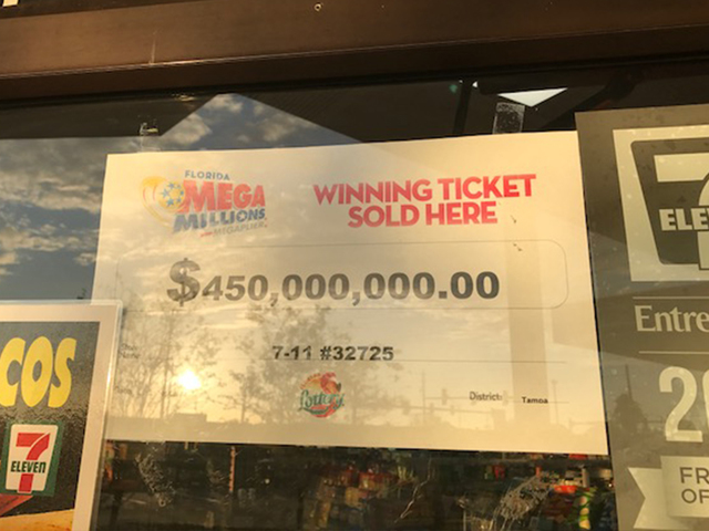 Successful ticket for $570M Powerball jackpot bought in New Hampshire