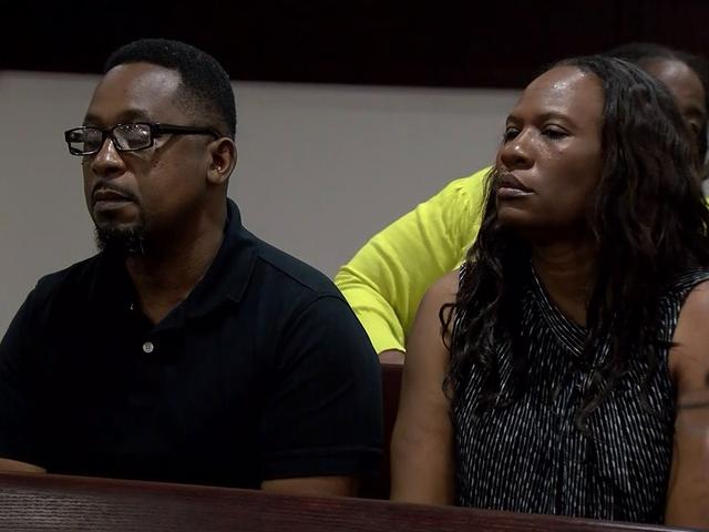 Parents of suspected killer get house arrest