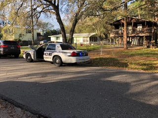 Police: 6-year-old struck by vehicle in Tampa