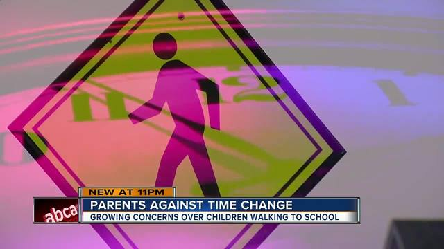 Parents worry year-round Daylight Saving Time endangers students at bus stops