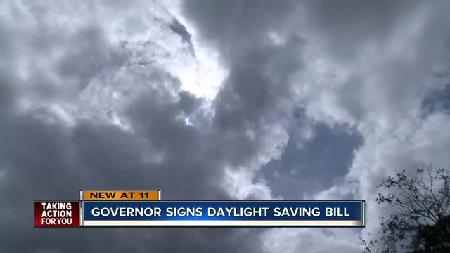 Florida Governor Rick Scott signs year-round Daylight Saving Time bill
