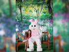 Get a FREE photo with the Easter Bunny