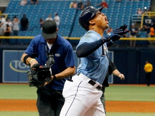 Rays sweep Twins thanks to Gomez's homer